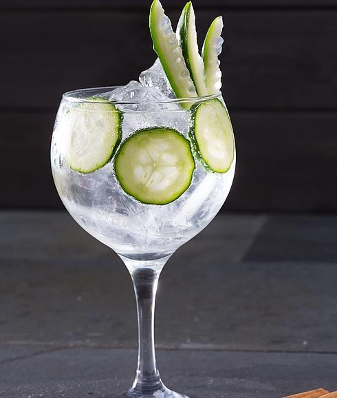 gin tonics peligrosos para los dientes